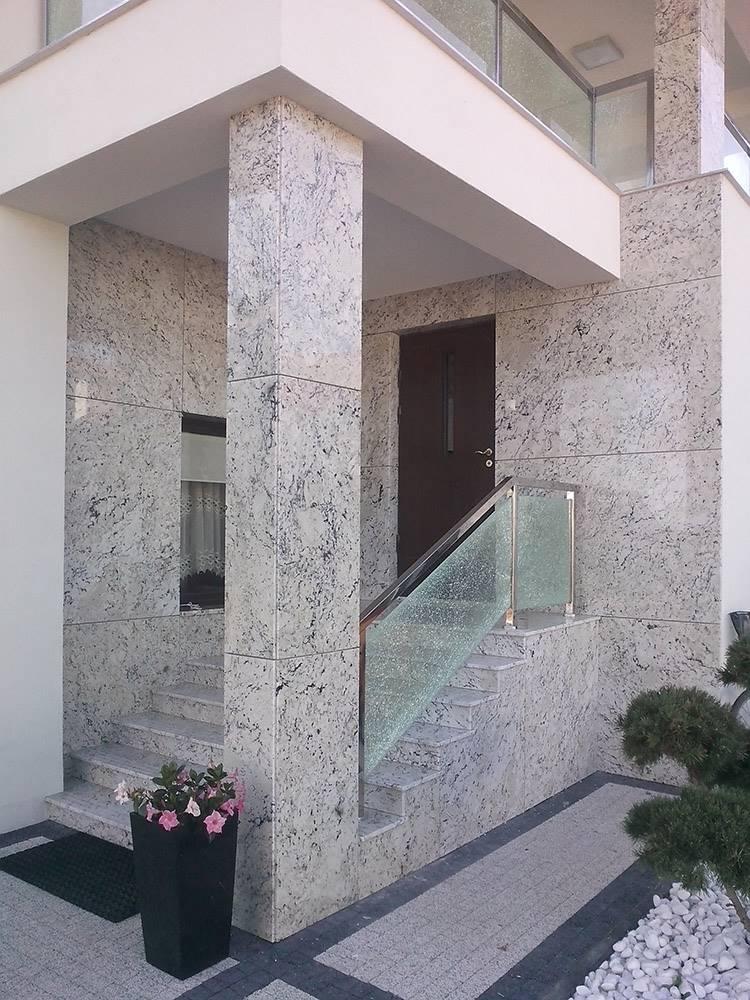 elewacje granitowe domu